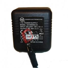 A41090080-C5  / 9 Volt 800mA Adaptör